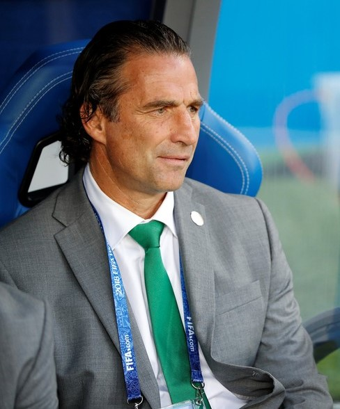 You are currently viewing Juan António Pizzi